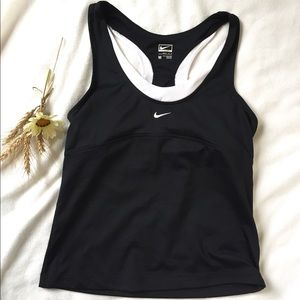 Nike performance woman's sport top